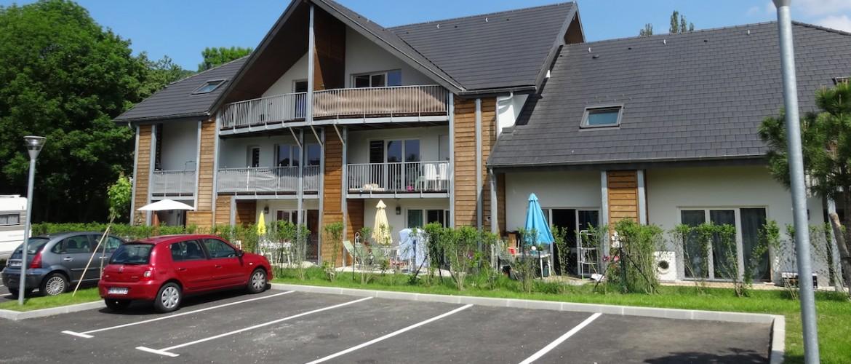 21 logements sociaux rt 2012 gr sy sur aix atelier raymond brun architectes. Black Bedroom Furniture Sets. Home Design Ideas